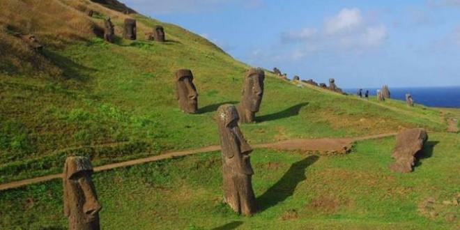 Khai quật những bức tượng đầu trên đảo Phục Sinh