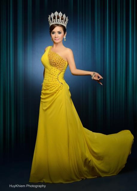 Hoa hậu Võ Bích Liên – Thế phát xuất gia quy y cửa Phật