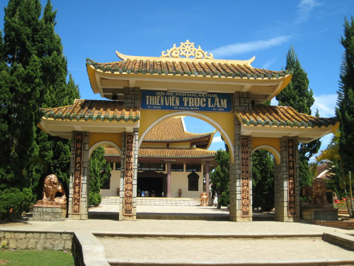 Những ngôi chùa tiêu biểu nổi tiếng Việt Nam